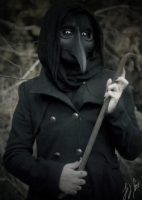 черная маска для глубокого очищения лица